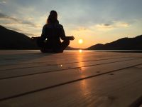 n. beim yoga